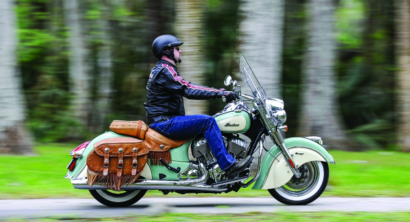 Мотоцикл Indian Chief Vintage, Willow Green/Ivory Cream